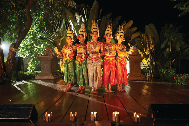APT Guided Tours & River Cruises RV Apsara Apsara Entertainment 3.png