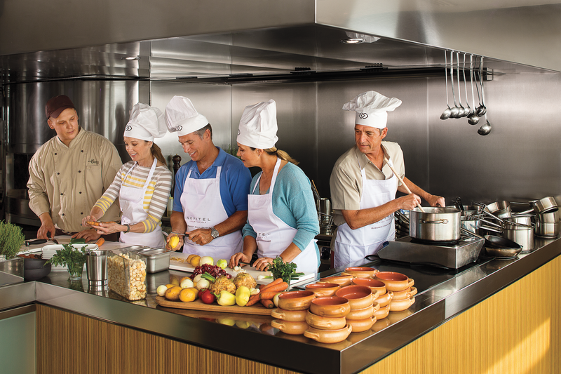 APT Guided Tours & River Cruises RV Apsara Apsara Cooking Class 1.png