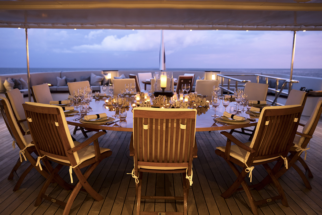 Aqua Expeditions Aqua Blu - Outdoor Dining - 06.jpg
